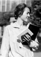 Anne-Morrow-Lindbergh-140x195