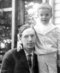 Upton Sinclair and son, David, 1904