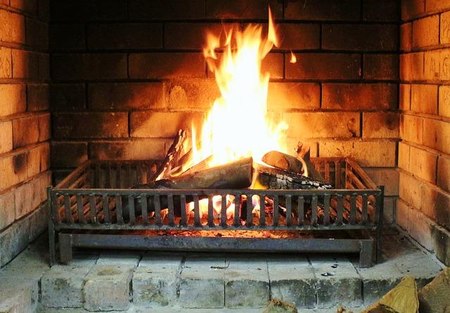 log-fireplace-pixa