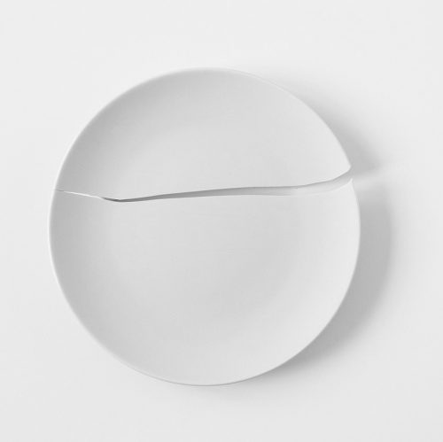 cracked plate